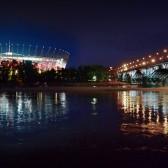 Stadion Narodowy oraz most Poniatowskiego w Warszawie